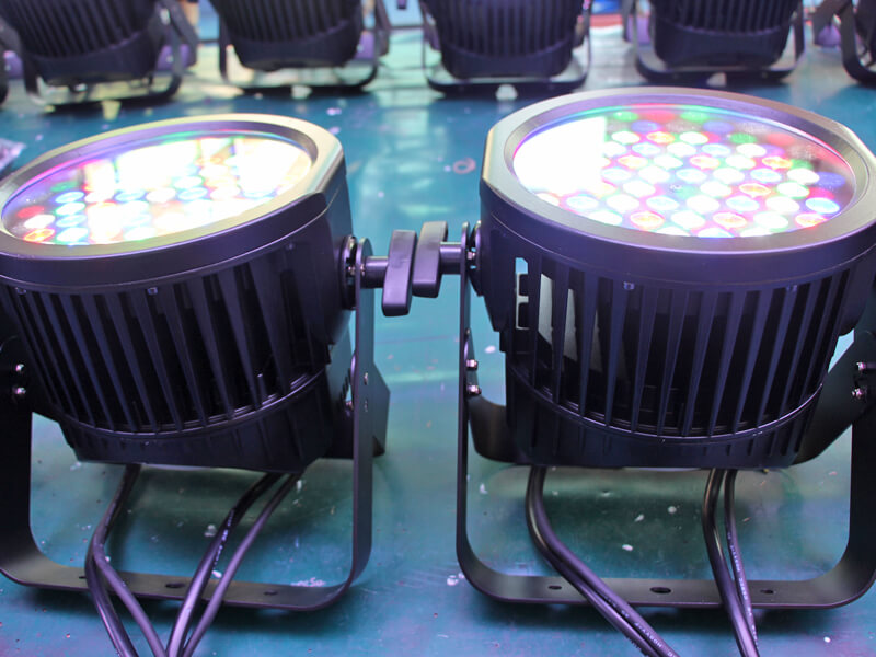 54pcs RGBW Outdoor LED Par Light